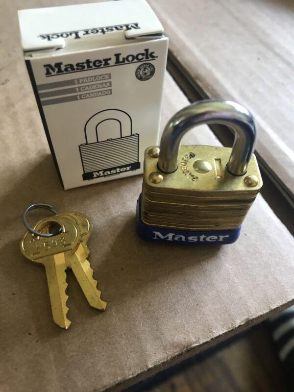 "MASTER LOCK No. 8 Small Keyed Padlock,1-1/8""W New In Box"