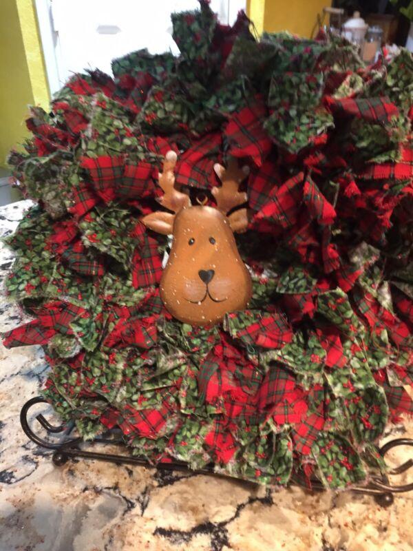 "HANDMADE 15"" CHRISTMAS 4 LAYER RAG WREATH W DEER ORNAMENT - PRIMITIVE COUNTRY"