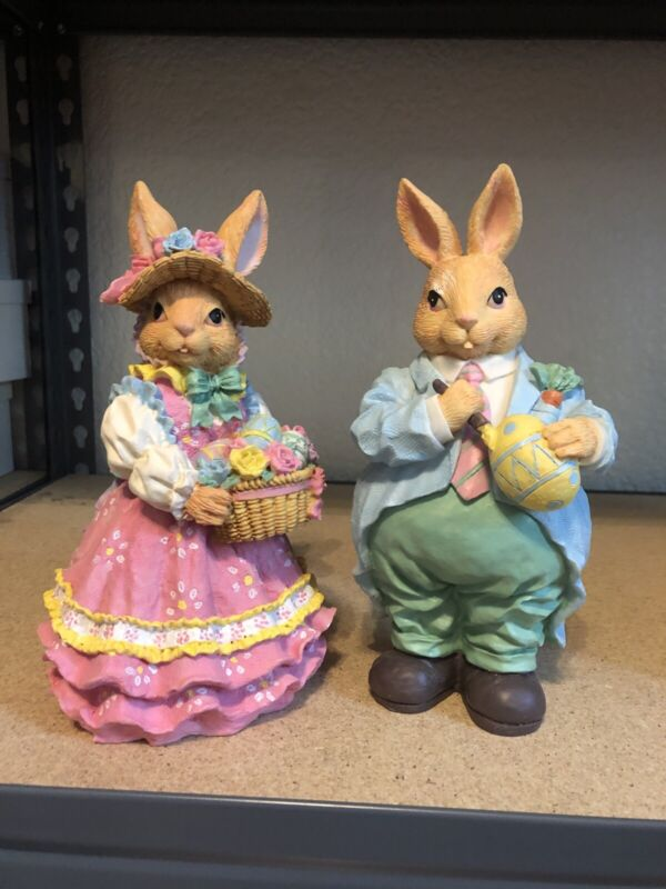 Cottontale Collection Polyresin Me & Mrs Easter Rabbit Figurine
