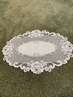 Heritage Lace Oval Doily White 20 X 14
