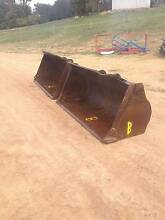 Caterpillar Quick Attach Bucket / Forks / Jib Kenwick Gosnells Area Preview