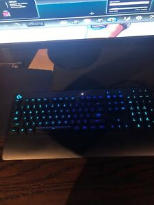 Clavier mécanique RGB keyboard gaming