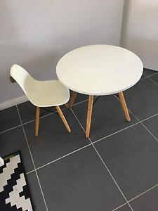 Table and chair set Adamstown Newcastle Area Preview