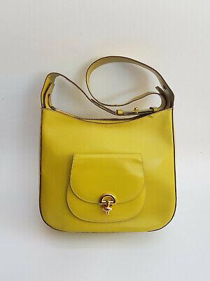 CÉLINE Bag. Authentic Celine Vintage Light Lime Green Leather Shoulder Bag