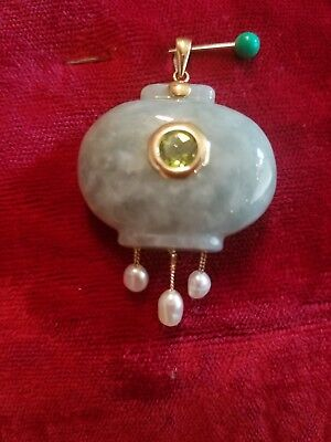 14 KT GOLD Peridot Jade Pearl Pendant Stunning