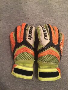 Reusch M1 Goalie Gloves