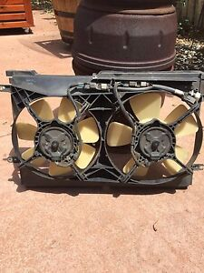 Holden commodore V8 thermo / Air con fan Delahey Brimbank Area Preview