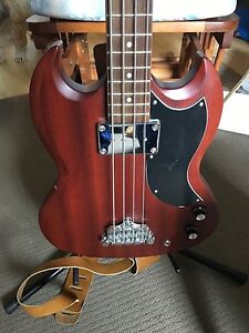 Epiphone SG-Style bass guitar with Accessories