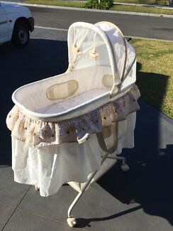 Love n Care Bassinet