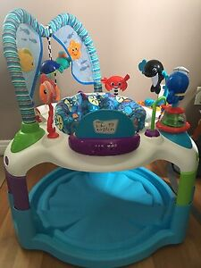 Baby Einstein play centre