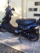 Zoot deluxe 505 scooter 50cc can ride on car licence. Adelaide CBD Adelaide City Preview
