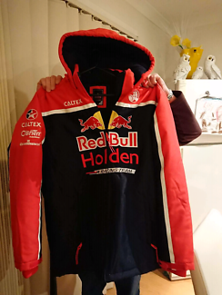 Wanted: XL red bull