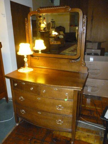 Antiquel Oak Dresser bedroom bureau 4 drawer bev. mirror refinished 1900