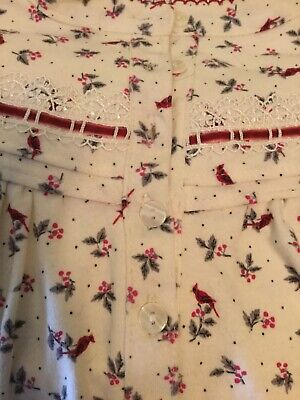 Nightgown childs size 4-6 Christmas print red cardnilals on beige background](Christmas Nightgowns Kids)