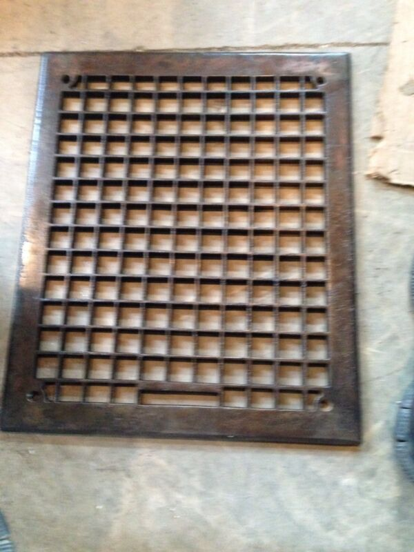 "Gr 4 Cast-Iron Antique Heating Great Face 14"" X 17"""