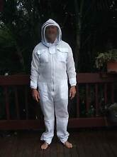 Ventilated cool mesh protective beekeepers suit with hood -Size L Elanora Gold Coast South Preview