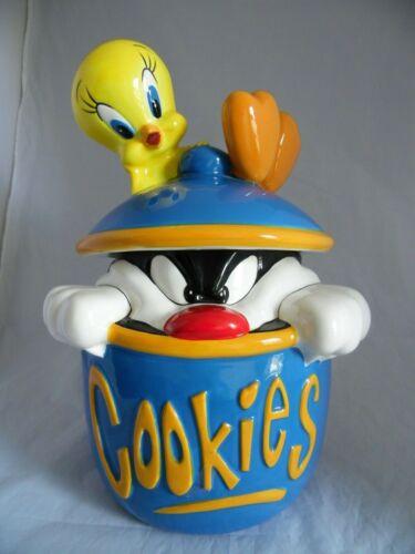 """Tweety Bird and Sylvester """"COOKIES"""" Large Cookie Jar NWOB"""