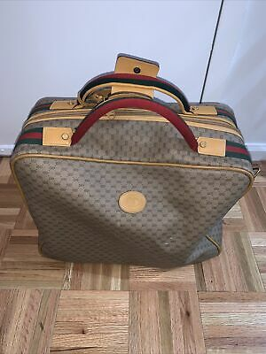 Authentic GUCCI Vintage Travel Bag Medium Brownwith GG Supreme Monogram Italy