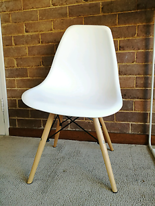 dinning chair Carlton Melbourne City Preview