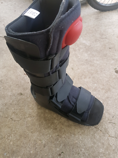 Moon boot for foot rehabilitation