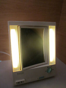 Vintage White Remington True To Light Makeup Mirror Outlet