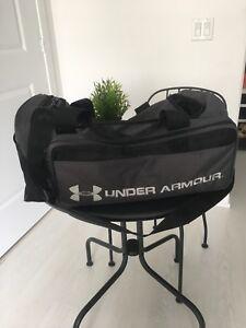 Under armour gym bag with Wilson CIS ball