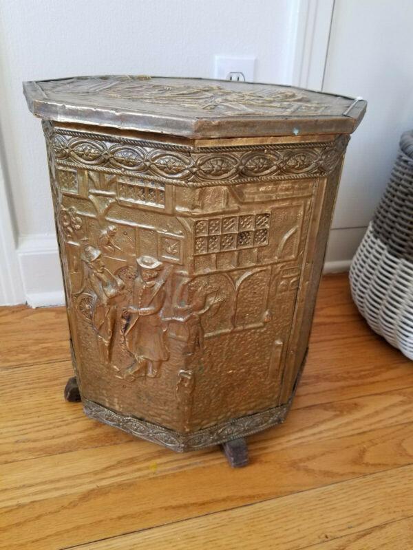 Antique brass hammered coal bin - RARE - 1900