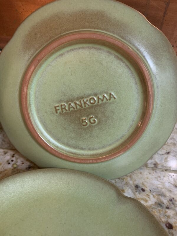 Frankoma Pottery Prairie Green Set Of 8 Cups & Plates 5C 5G