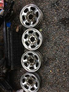 6 bolt truck wheels