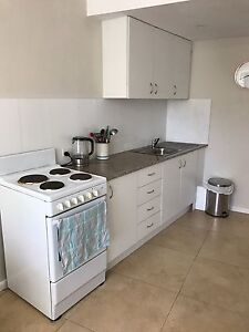 1 bedroom self contained flat North Narrabeen Pittwater Area Preview