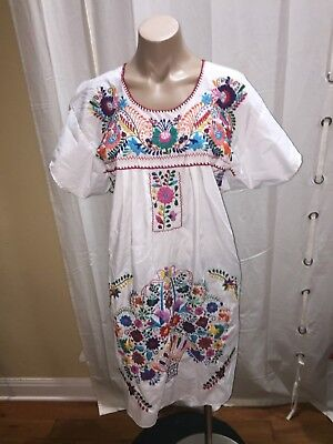 Vintage Mexican Floral Embroidered Boho Hippie WHITE Cotton Maxi Dress M