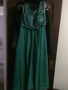 Sherri Hill grad dress