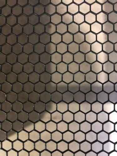 Streckgitter Stahl Lochblech Hexagonal 900 mm x 500mm  Gitter Abschnitt Lackiert
