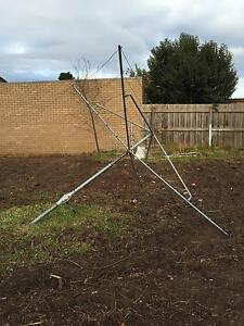 Free Hills Hoist Clothes Line Gladstone Park Hume Area Preview