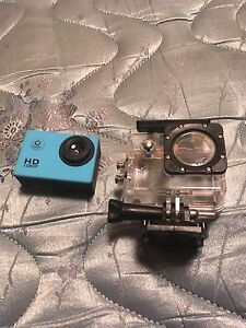 Selling my sport cam for $200 never used before