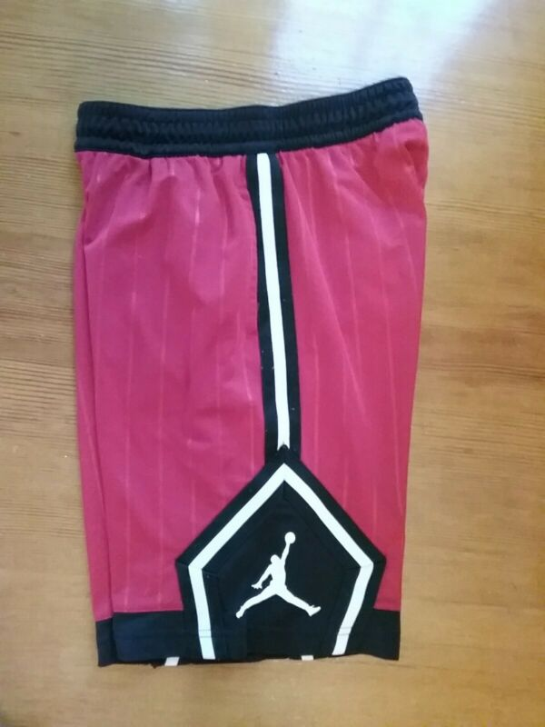 Nike Air Jordan Jumpman Shorts Red Basketball, L, 12-13, GUC