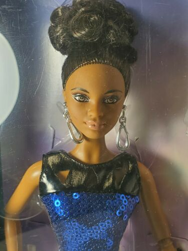 NRFB BARBIE DOLL ~ (N207) THE LOOK NIGHT OUT ARTICULATED MODEL MUSE AA MBILI MIB