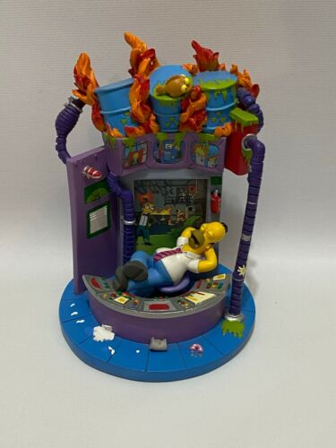 """The Simpsons Just Another Day in Springfield Collection """"Meltdown"""" 2003 Statue"""