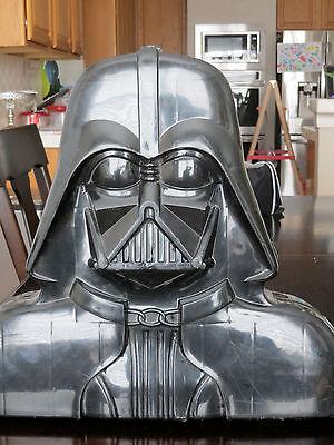 Vintage Star Wars collector case  Darth Vader w/ original inserts & figures 1980