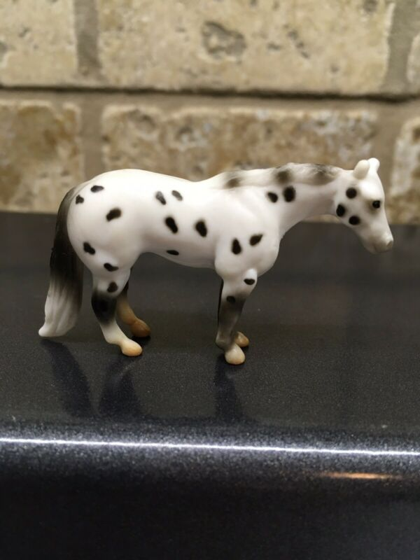 Breyer Mini Whinnies Standing Quarter Horse Stallion 2020
