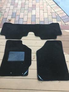 Toyota Yaris Custom Floor Mats Ainslie North Canberra Preview