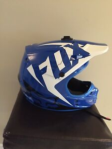 Blue Fox v1 helmet. Dragon NFX goggles