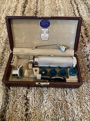 Vintage Welch Allyn Diagnostic Otoscope Ophthalmoscope Set Woriginal Case