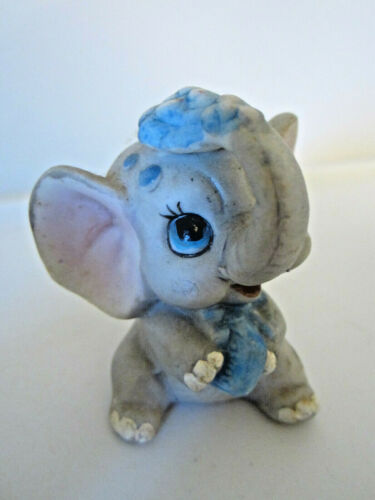"""Vtg porcelain elephant figurine taking bath soap in hand and on head 2.75"""""""