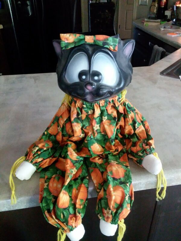 VINTAGE Halloween PORCH GREETER Sitter Blow Mold BLACK CAT TREAT BUCKET