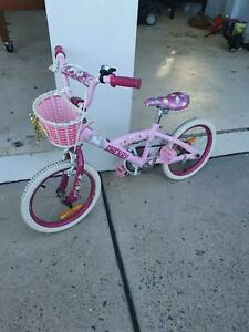 Girls bike 4-6 years
