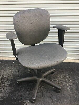 Office Task Desk Chair Swivel Home Comfort Chairs With Flip-up Arms Adjustable
