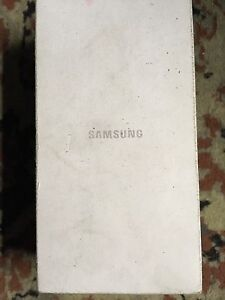 Samsung s6 128 gun on box never been used Seven Hills Blacktown Area Preview