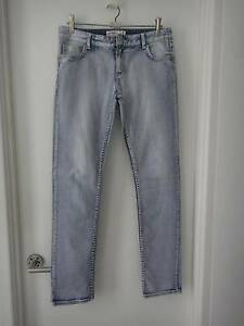 SIZE 12 LOW RISE SUPA SKINNY JEANS FROM JUST JEANS (AS NEW) Collingwood Park Ipswich City Preview