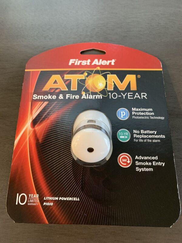 First Alert Atom Smoke & Fire Alarm P1010 - NIB - No batteries required